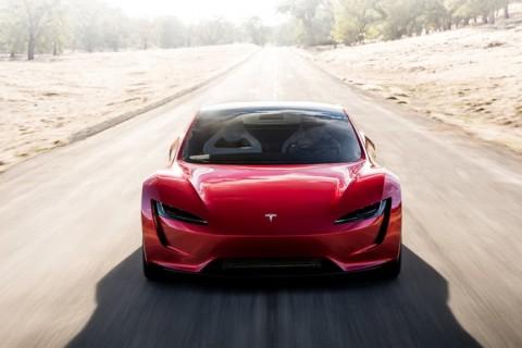 Mobil Listrik Terbuas dari Tesla Meluncur 2020