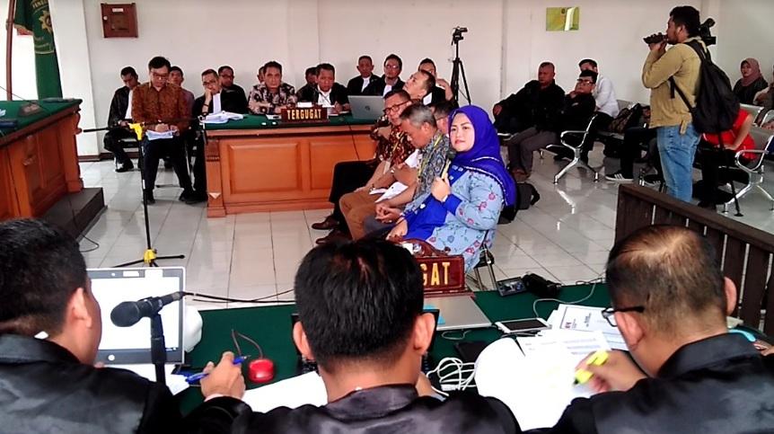 Mantan Bupati Bekasi Neneng Hasanah Yasin menjadi saksi dalam sidang suap proyek pembangunan Meikarta di Pengadilan Tipikor Bandung, Senin, 14 Januari 2019, Medcom.id - P Aditya Prakasa