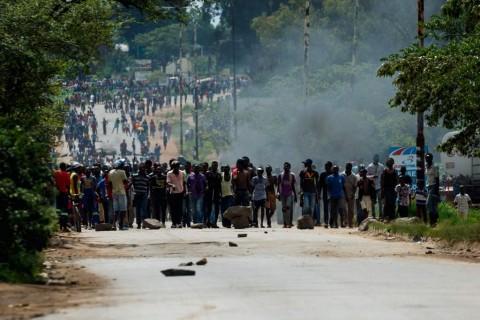 Demo Kenaikan BBM di Zimbabwe Memakan Korban