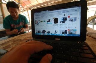Pemerintah Diminta Evaluasi Penerapan Pajak e-Commerce