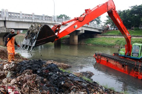 Anies: Sampah Bukan Cuma Soal Aturan