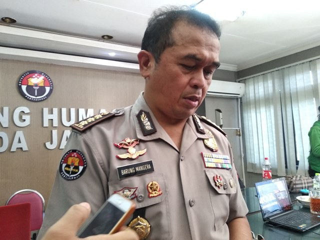 Kabid Humas Polda Jatim Kombes Pol Frans Barung Mangera di Mapolda Jatim, Surabaya, Selasa, 15 Januari 2019.