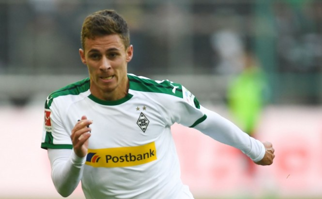 Gelandang Borussia Monchengladbach, Thorgan Hazard (AFP/Patrik Stollarz)