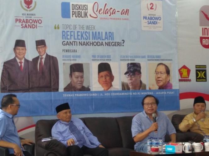 Penasihat Ekonomi BPN Prabowo-Sandi, Rizal Ramli (kedua dari kanan). Foto: Medcom.id/Kautsar Widya Prabowo.