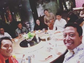 Jokowi Bahas Persiapan Debat Sambil Makan Malam