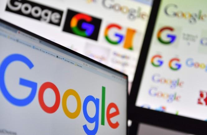 Google hapus beberapa aplikasi tertentu. (Photo by LOIC VENANCE / AFP)