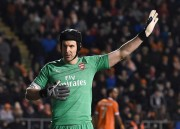 Petr Cech Pensiun Akhir Musim Ini