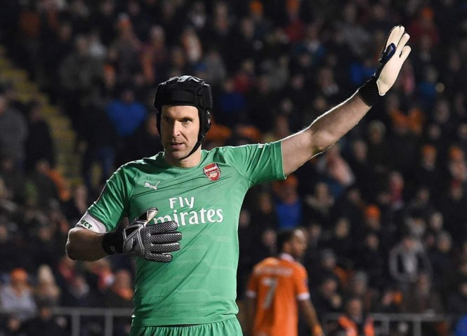 Kiper Arsenal Petr Cech mengumumkan pensiun di akhir musim 2018/2019. (Foto:  Blackpool and Arsenal at Bloomfield Road in Blackpool, north west England on January 5, 2019. (Foto: AFP/Paul Ellis)