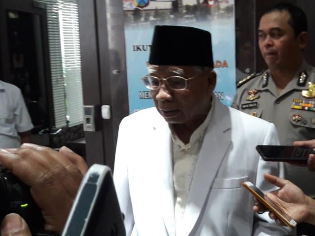 Ketua MUI Jawa Timur Kiai Abdusshomad Bukhori saat mendatangi Mapolda Jawa Timur, Selasa, 15 Januari 2019. Medcom.id/Syaikhul Hadi