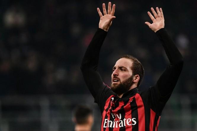Penyerang AC Milan, Gonzalo Higuain (AFP/Marco Bertorello)