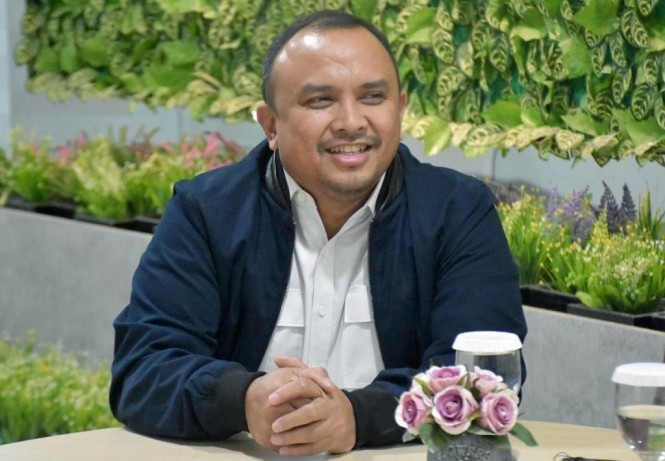 Direktur Utama BAKTI Anang Latif.