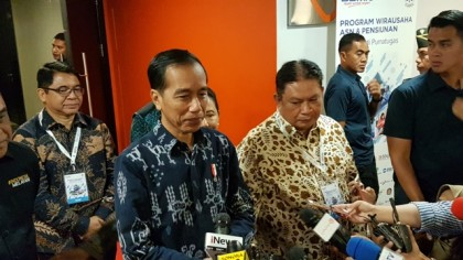 Jokowi Tekankan Pentingnya Berdebat Berdasarkan Data