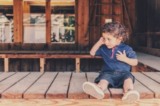 Penyebab Anak Sengaja Membenturkan Kepalanya