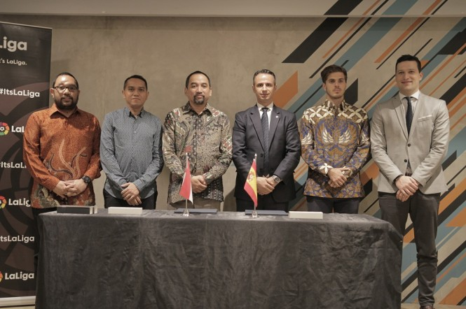 acara penandatanganan nota kesepahaman (MoU) kerja sama antara Liga Indonesia Baru (LIB) dan LaLiga di Jakarta (16/1). (Istimewa)