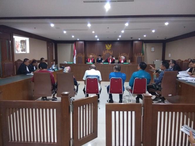 Sidang terkait suap pada anggota Komisi B DPRD Kalimantan Tengah - Medcom.id/Fachri Audhia Hafiez.