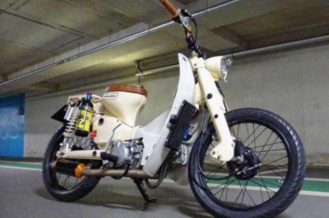 Honda Cub 90 garapan Pips Garage, sempurna walau jarang. Shed Builds