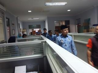 Masih Pakai Kantong Plastik, Operasi Toko Modern di Bogor bakal Dicabut