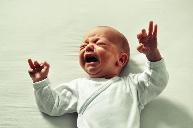 Pemberian obat batuk untuk bayi tidak boleh sembarangan. Ada baiknya Anda konsultasikan terlebih dahulu dengan dokter spesialis anak Anda sebelum melakukan pemberian apa pun pada si kecil. (Foto: Pixabay.com)