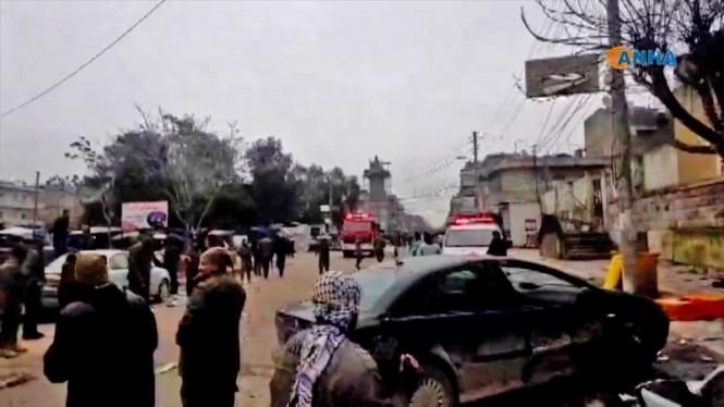 Foto lokasi bom bunuh diri di Kota Manbij, Suriah yang diambil dari stasiun televisi ANHA. (Foto: AFP).