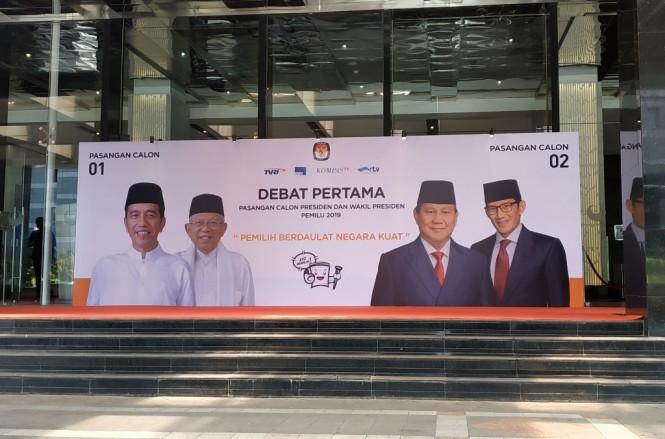 Banner debat perdana Pilpres 2019 di Hotel Bidakara Jakarta. (Foto: Medcom.id/Ilham Pratama)