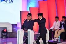 Ditegur Moderator, Prabowo Asyik Berjoget