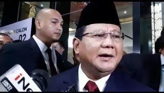 Prabowo Sempat Tegang Saat Debat