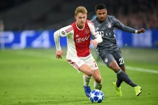 Jadi Rebutan Klub Besar, De Jong Tunggu Restu Ajax