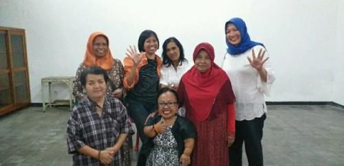 Caleg Partai NasDem Anggiasari Puji Aryatie (tengah). Foto: