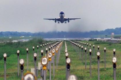 Pengamat: Ada Keanehan pada Kenaikan Tiket Pesawat