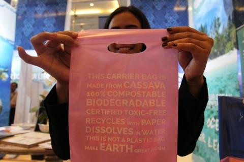 Larangan Kantong Plastik di Bekasi Berlaku Maret 2019