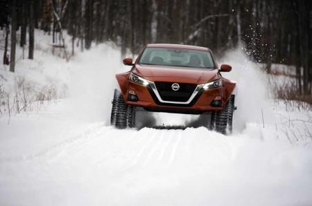 Nissan New Altima-te AWD, 'Pede' Pakai Ban Khusus Salju