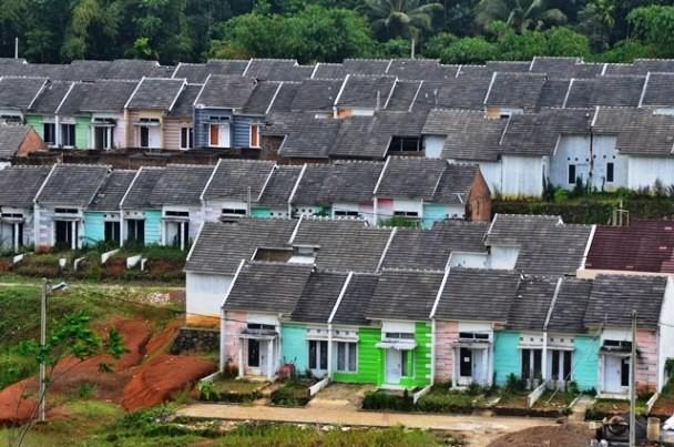 Sebuah komplek perumahan murah di Jawa Barat. Program Tapera ditujukan kepada PNS/ASN, prajurit TNI/Polri dan pensiuan untuk pembiayaan pemilikan rumah. Antara Foto/Adeng Bustomi