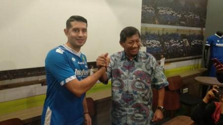 Esteban Vizcarra Diikat Kontrak Persib Satu Tahun