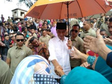 Govt Distributes Land Certificates to 257 Islamic Schools