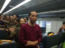 Usai Debat, Jokowi Naik Kereta Api ke Garut