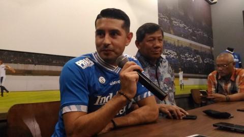 Persib Langsung Menurunkan Esteban Vizcarra di Piala Indonesia