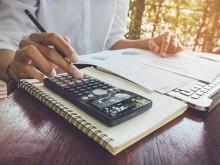 Mendorong Literasi Keuangan Melalui Generasi Milenial