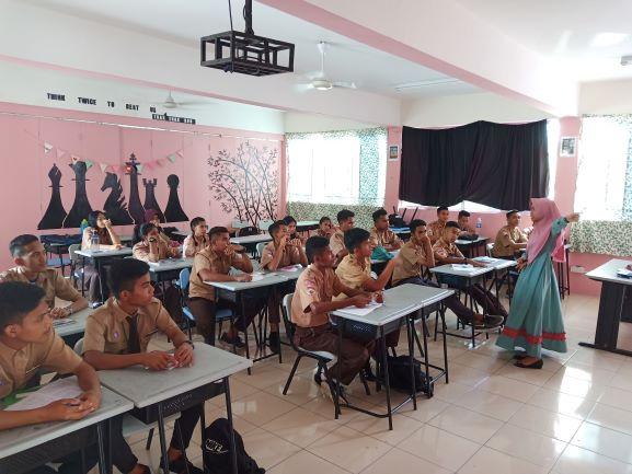 Anak-anak Indonesia yang berada di Malaysia, belajar di Sekolah Indonesia Kota KInabalu (SIKK), Sabah, Malaysia, Medcom.id/Budi Arista Romadhoni.