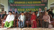 Ma'ruf Visits Islamic Boarding School in Tangerang