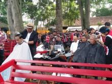 Jokowi Ajak Menteri Potong Rambut Massal