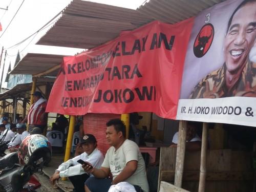 Sekelompok nelayan di pesisir Kota Semarang, Jawa Tengah,