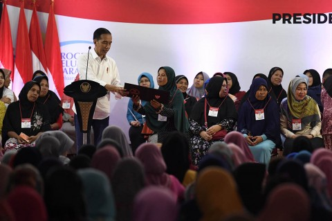 Jokowi Berharap PKH Bisa Kurangi Ketimpangan