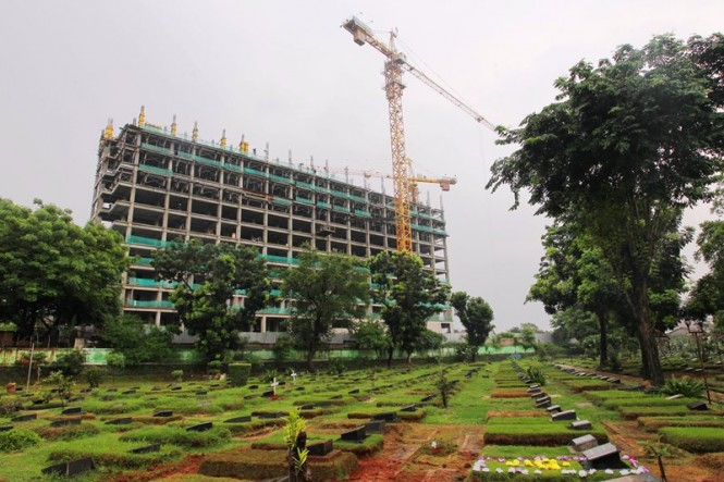 Kegiatan pembangunan rusun DP 0 Rupiah di Pondok Kelapa, Jakarta Timur. Rusun yang terdiri dari 780 unit ini akan selesai pembangunannya Juli mendatang. MI/Pius Erlangga