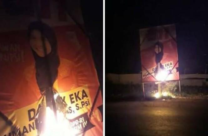 Baliho caleg PSI Danik Eka Rahmaningtiyas  dibakar di Pasar Kencong, Jember.