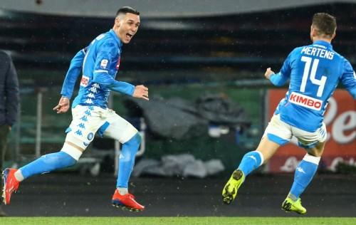 Selebrasi penyerang Napoli Jose Callejon (kiri) usai membobol