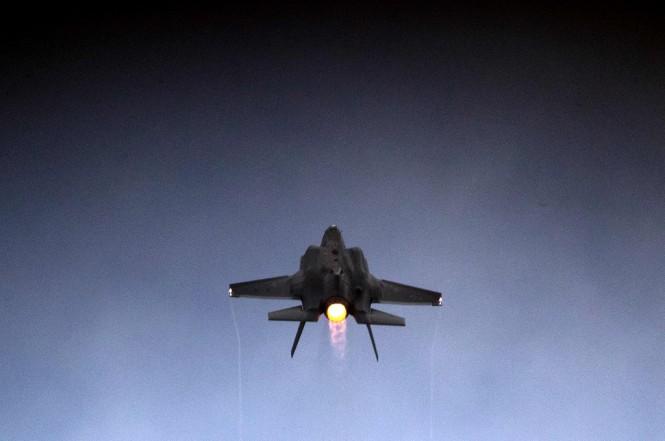 Pesawat jet tempur F-35 Lightning II milik Israel. (Foto: AFP/Jack Guez)