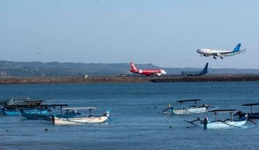 Tarif Pesawat Versus Target Puluhan Juta Wisman
