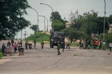 Zimbabwe Ricuh, Mnangagwa Persingkat Kunjungan Kenegaraan