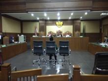 Hak Politik Amin Santono Terancam Dicabut