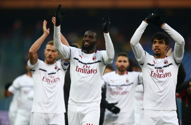 para penggawa AC Milan merayakan kemenangan atas Genoa di kompetisi Serie-A (Twitter/AC Milan)